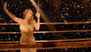 21August2012-Mariah-Carey-Triumphant-Video