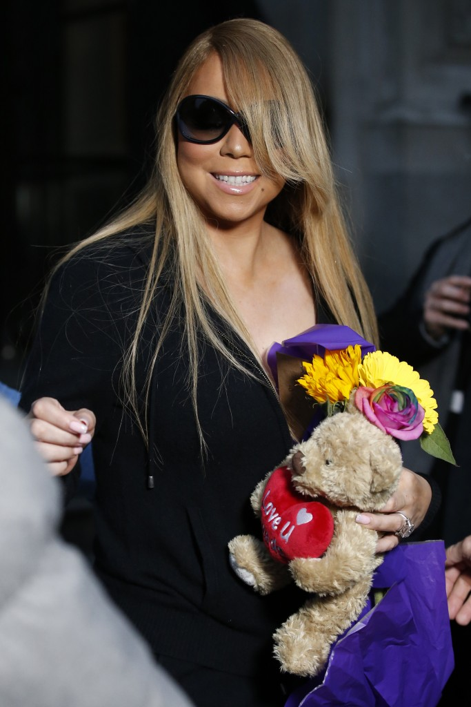 Mandatory Credit: Photo by Beretta/Sims/REX/Shutterstock (5616866r) Mariah Carey Mariah Carey out and about, Manchester, Britain - 18 Mar 2016 (Newscom TagID: rexphotosthree979063.jpg) [Photo via Newscom]
