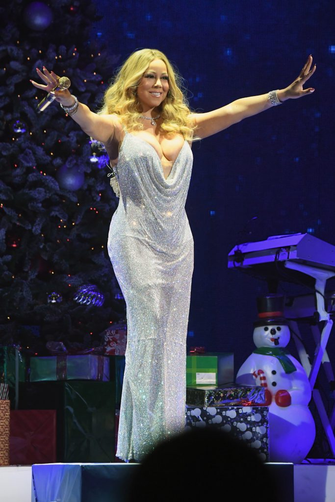 NEW YORK, NY - DECEMBER 05: Mariah Carey performs during the opening show of Mariah Carey: All I Want For Christmas Is You at Beacon Theatre on December 5, 2016 in New York City. (Photo by Jeff Kravitz/FilmMagic for Mariah Carey)